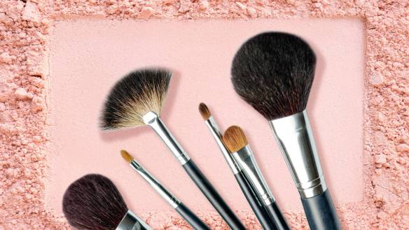makeup-brushes_istock-525804799_l