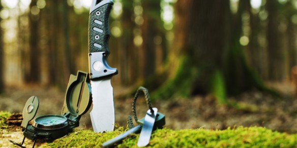05-041658-wilderness_survival_gear
